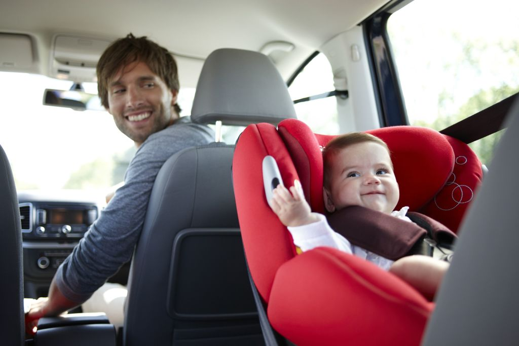 Es segura tu silla infantil para el coche for Sillas para ninos para el coche